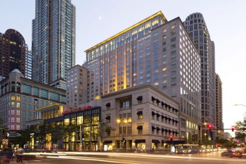 The Peninsula Chicago Exterior Dusk