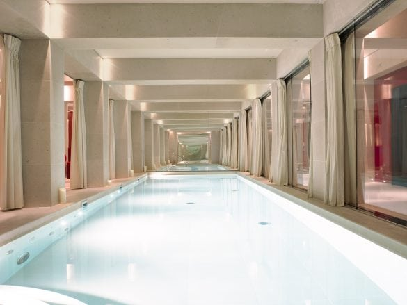 La-Reserve-Paris- Swimming Pool