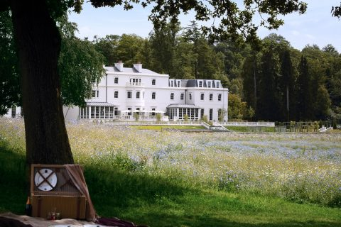 Coworth_Park_Exterior_Summer